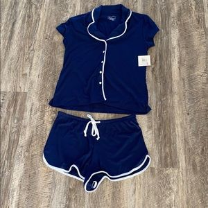 Laura Ashley NWT Blue Pajama Set 2 Piece Top Short